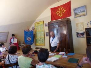 Conférence sur la baronie de Caravètes dans la tour des Pins