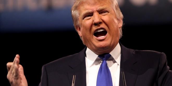 «American first». Donald Trump signe un décret pour défendre le «made in America»